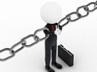 picture of person holding links of a chain together